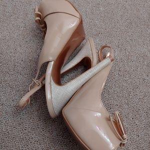 BCBG women shoes